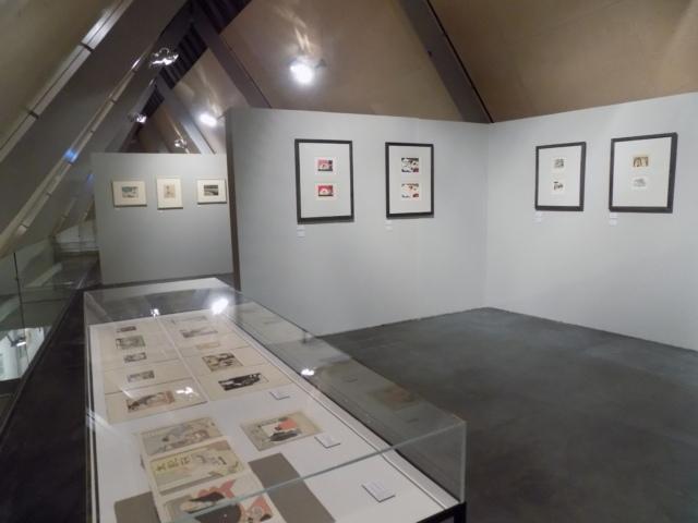 Kunsthaus Kaufbeuren, Ausstellung CROSSING CULTURES, Raumansicht mit Werken von Emil Orlik, Dagmar Hooge und Wassily Kandinsky