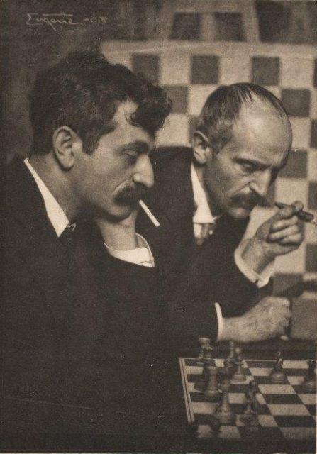 Frank Eugene, Dr. Emanuel Lasker, Schachweltmeister, und sein Bruder Berthold Lasker, 1908, Heliogravüre,