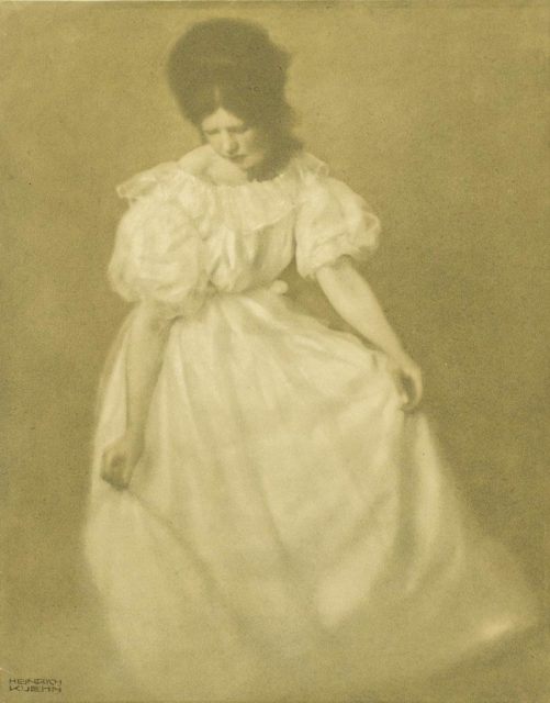 Heinrich Kühn, Miss Mary Warner, um 1910, Gummigravüre,