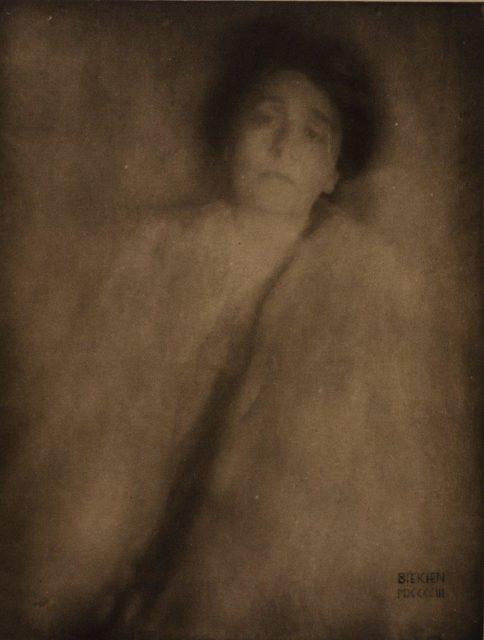Edward Steichen, Eleonora Duse, 1903, Heliogravüre, publiziert in Camera Work 1906,