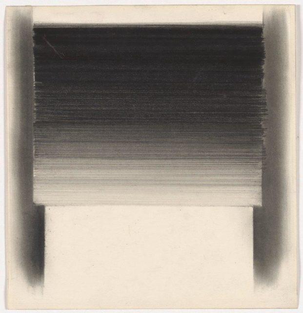 Rupprecht Geiger, Ohne Titel (5/61), 1961, Graphit auf Papier, 22,2 x 21,2 cm,
